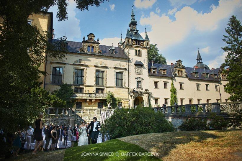 plenerowy ślub w zamku